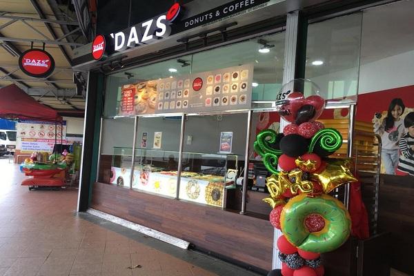 'DAZS DONUTS & COFFEE @ COWBOY
