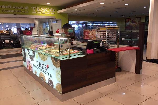 'DAZS DONUTS & COFFEE @ Tesco Cheng